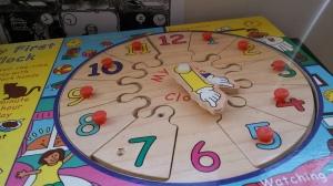 6. Reloj de madera. Foto: eaTropía