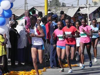 """Las atletas """"de verdad"""". Foto: entreColyCol"""