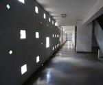 Lideta Mercato (interior). Sobra el aire acondicionado porque la luz y el aire entran por las ventanas geométricas. Foto: eaTropía
